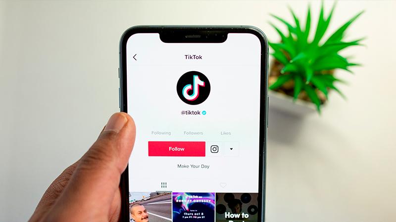 Tiktok: Como avanzar la reproducción de un video